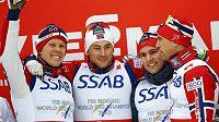 Vítězný norský tým štafetového závodu na MS ve Falunu. Zlato vybojovali Niklas Dyrhaug, Didrik Tönseth, Anders Glöersen a Petter Northug.