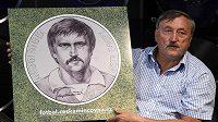 Česká mincovna představila v Praze námět zlaté a stříbrné pamětní mince s fotbalistou Antonínem Panenkou (na snímku) při příležitosti 40. výročí jeho slavné penalty ve finále fotbalového ME v Bělehradě v roce 1976.