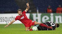 Fotbalisté Alkmaaru porazili v 7. kole nejvyšší nizozemské soutěže Go Ahead Eagles 5:0 a vítězně se naladili na čtvrteční zápas Evropské konferenční ligy s Jabloncem. Na snímku Dani de Wit z Alkmaaru (vlevo).