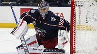 Lotyšský hokejový brankář Elvis Merzlikins prodloužil o pět let smlouvu v NHL s Columbusem, který si pojistil jeho služby až do konce sezony 2026/27