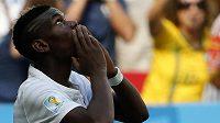 Paul Pogba slaví svůj postupový gól, díky kterému Francie vyhrála osmifinálový duel MS s Nigérií.