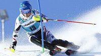 Rakušan Benjamin Raich na trati slalomu SP v Adelbodenu.