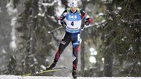 Český biatlonista Ondřej Moravec během vytrvalostního závodu na mistrovství světa v Östersundu.