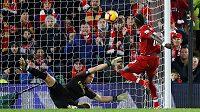 Liverpoolský fotbalista Sadio Mane se také trefil do sítě Arsenalu v utkání Premier League.