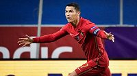 Cristiano Ronaldo se postaral o obě branky Portugalska proti Švédsku
