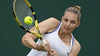 Kristýna Plíšková při utkání s Australankou Astrou Sharmaovou.