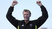 Novozélandský skifař Mahé Drysdale slaví v Riu olympijské zlato.