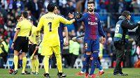 Jasné vítězství nad odvěkým rivalem Realem Madrid se barcelonský obránce Gerard Piqué rozhodl zapít kvalitním vínem za 136 tisíc korun.