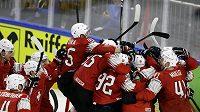 Euforie a nadšení, Švýcarsko si zahraje finále MS, porazilo v semifinále Kanadu 3:2.