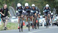 Tým Etixx-Quick-Step během týmové časovky závodu Czech Cycling Tour.