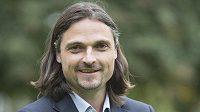 Německý fotbalový brankář Lutz Pfannenstiel se podělil o svůj životní příběh.