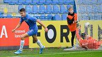 Petar Musa z Liberce se raduje z gólu v síti Zlína.