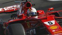Sebastian Vettel při Velké ceně Ázerbájdžánu.