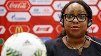 Generální sekretářka FIFA Fatma Samouraová na tiskové konferenci v Moskvě.