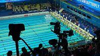 Oku kamery neunikne prakticky žádný detail plaveckého výkonu.