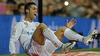 Cristiano Ronaldo má šanci získat pátý triumf v anketě Zlatý míč.