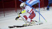 Švýcarka Wendy Holdenerová na trati paralelního slalomu ve Stockholmu.
