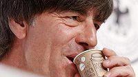 Italská kávička bude chutná, troufá si Joachim Löw.