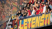Fanoušci Sparty Praha během utkání s Příbramí. (ilustrační foto)