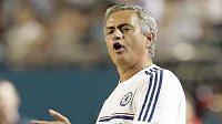 Trenér londýnské Chelsea José Mourinho během finálového utkání International Champions Cupu proti Realu Madrid.