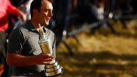 Golfista Francesco Molinari vyhrál British Open a postaral se o první italský triumf na turnaji kategorie major.