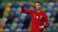 Portugalský fotbalista Cristiano v dresu reprezentace.