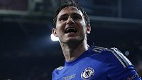 Záložník Frank Lampard prodloužil smlouvu s londýnskou Chelsea.