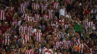 Fanoušci španělského Athletica Bilbao by svůj klub zřejmě následovali až na kraj světa.
