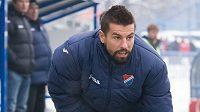 Ostravský útočník Milan Baroš se rozcvičuje před utkáním s Českými Budějovicemi.