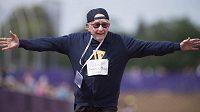 Stoletý Frederick Winter se zapsal do historie, uběhnul sprint na sto metrů.