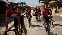Cyklisté týmu Lotto-Soudal v přípravě na letošní Vueltu.