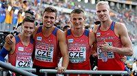 Autoři nového českého rekordu na 4x400 m, zleva Pavel Maslák, Vít Müller, Michal Desenský a Patrik Šorm.