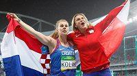 Překvapivá vítězka olympijských her v Riu Sara Kolaková z Chorvatska (vlevo) a bronzová Barbora Špotáková.