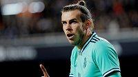 Fotbalista Gareth Bale v Realu Madrid není zrovna šťastný, u fanoušků není zrovna oblíbený.