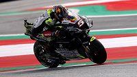 Francouzský jezdec Johann Zarco doplatil na hororovou nehodu v nedělní Velké ceně Rakouska silničních motocyklů zlomeným zápěstím. Třetí muž letošního brněnského závodu MotoGP bude muset podle webu šampionátu s pravou rukou na operaci.