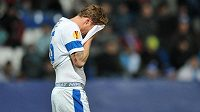 Zklamaný liberecký obránce Radoslav Kováč na konci zápasu s Alkmaarem.