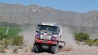 Martin Kolomý s kamiónem Tatra na trati 3. etapy Rallye Dakar.