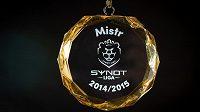 Zbrusu nová medaile nachystaná pro plzeňské šampióny.