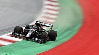 Jezdec Mercedesu Lewis Hamilton bude moct při závodě ovlivňovat sbíhavost kol a snižovat opotřebení pneumatik