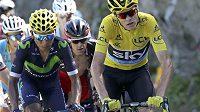 Chris Froome (vpravo) v 17. etapě Tour de France zase unikl svému rivalovi Nairovi Quintanovi.