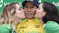 Kolumbijská hvězda stáje Movistar Nairo Quintana slaví triumf v etapovém závodu Kolem Romandie.