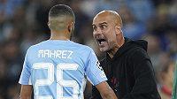 Fotbalista Manchesteru City Rijád Mahriz si vyslechl od kouče Pep Guardioly výtky v ostré promluvě.