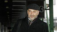Předseda představenstva a majitel fotbalového klubu FC Viktoria Plzeň Tomáš Paclík přihcází na jednání disciplinární komise FAČR.