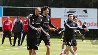 Fotbalisté Besiktase Istanbul se vrátili k tréninku, dva členové týmu měli pozitivní test na nemoc covid-19.