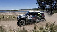 Stephane Peterhansel na trati Rallye Dakar