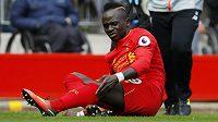 Nejlepší střelec fotbalistů Liverpoolu Sadio Mané možná kvůli zranění kolena zmešká zbytek sezóny.