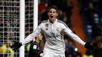 James Rodriguez z Realu jásal po gólu proti Seville. Zápas ale odnesl zlomeninou nohy