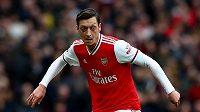 Fotbalista Arsenalu Londýn Mesut Özil na archivním snímku