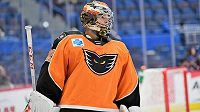 Michal Neuvirth v dresu Lehigh Valley Phantoms v zápase AHL proti Hartfordu Wolf Pack.