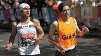 Co si zaslouží vodiči zrakově postižených běžců? (ilustrační foto z London Marathon)